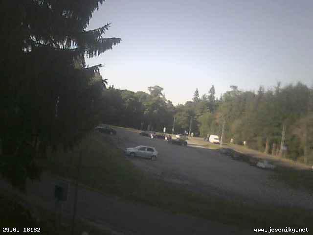 Webová kamera parkoviště Hvězda - Karlova Studánka